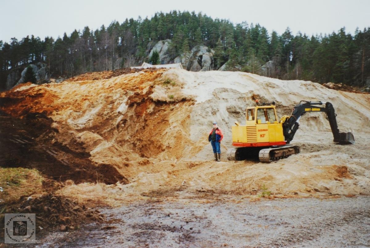 Uttak av støpesand på Håland i Audnedal.