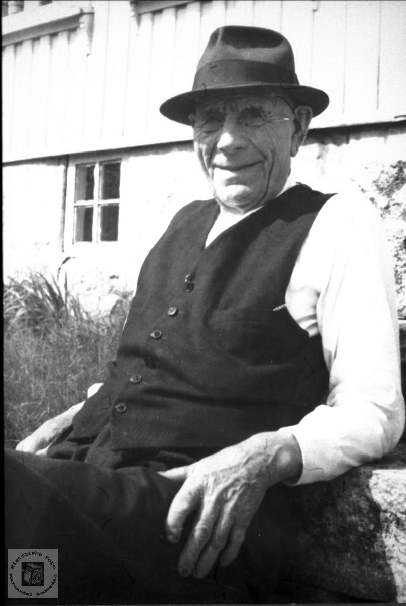 Portrett av Ola Tønnesland, Bjelland.
