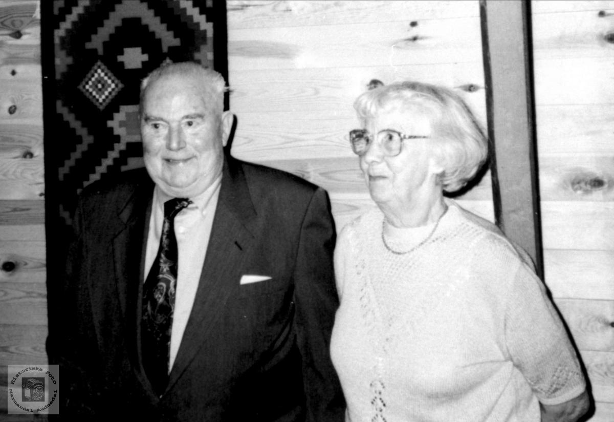 80 år feires på Bestas hus. Jens og Ida Bjørnhom. Laudal.