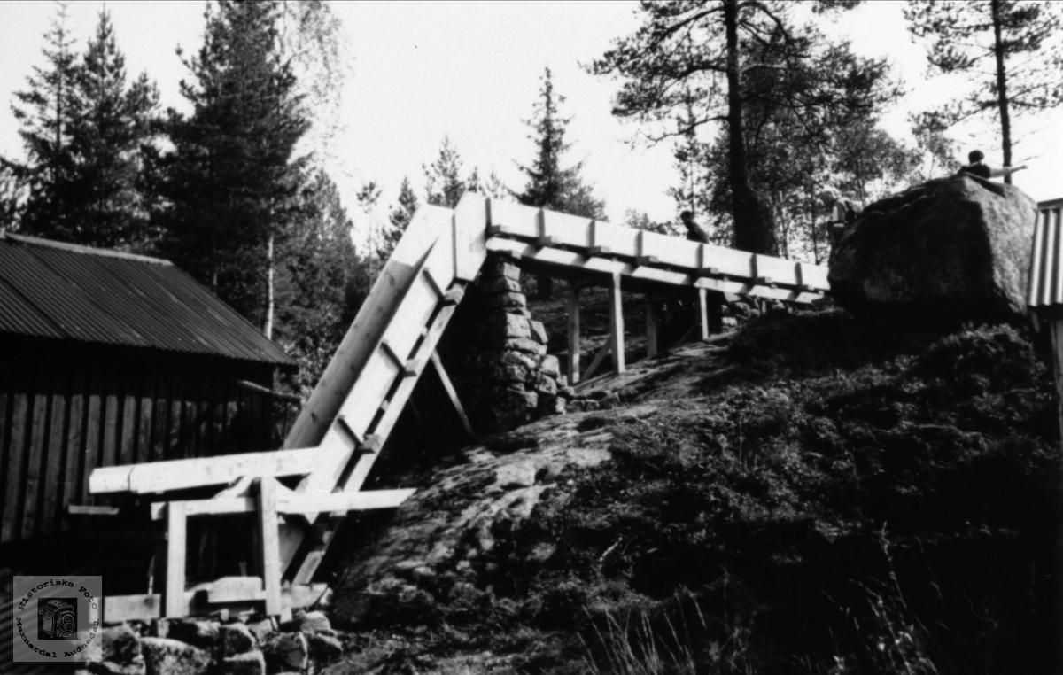Den restaurerte vassrenna til saga på Birkeland, Laudal.