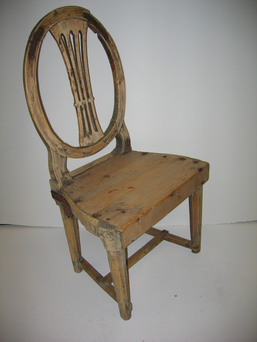 Form: Oval ryggplat med 3 spiler i rygg - loise XVI - stil