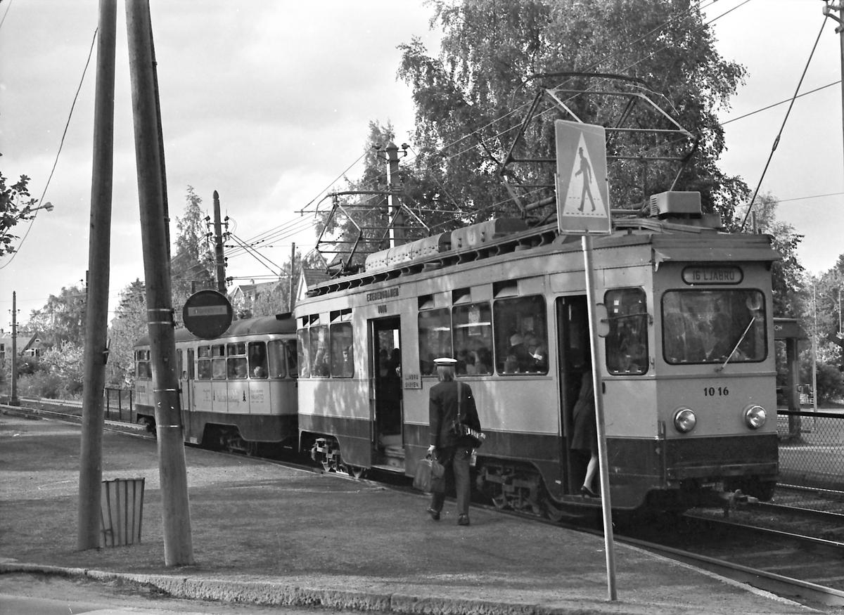 Ekebergbanen, Oslo Sporveier. Vogn 1016.