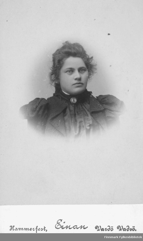 Visittkort, portrett av ukjent kvinne