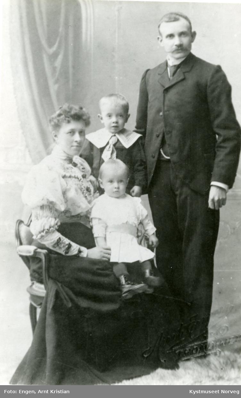 Georg, Gurine, Arvid og Gunnar Iversen