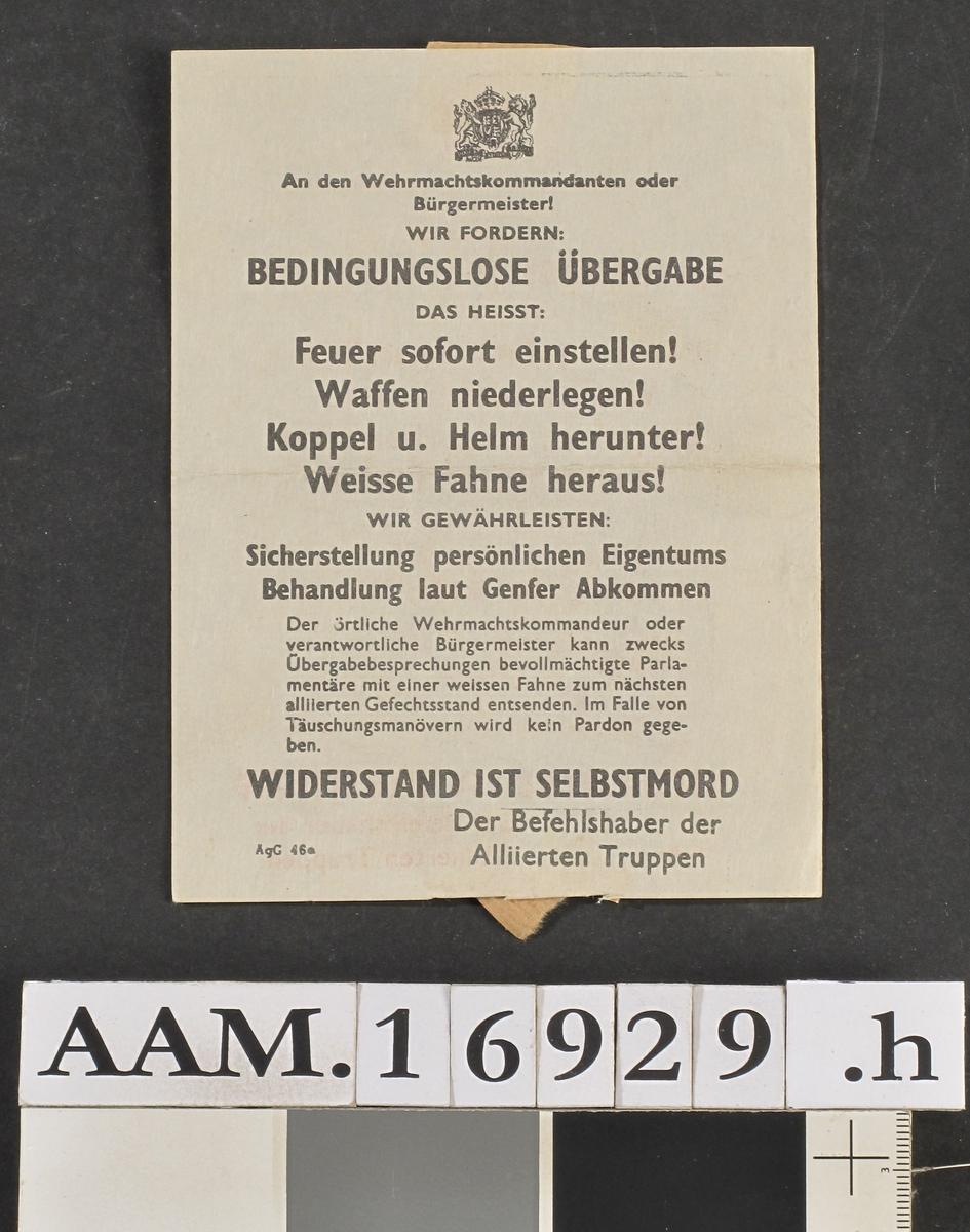 """Flygeblad: Widerstand ist selbstmord"""" Der Befehls- aVer der Allierten Truppen, antag. 1944 - 45."""