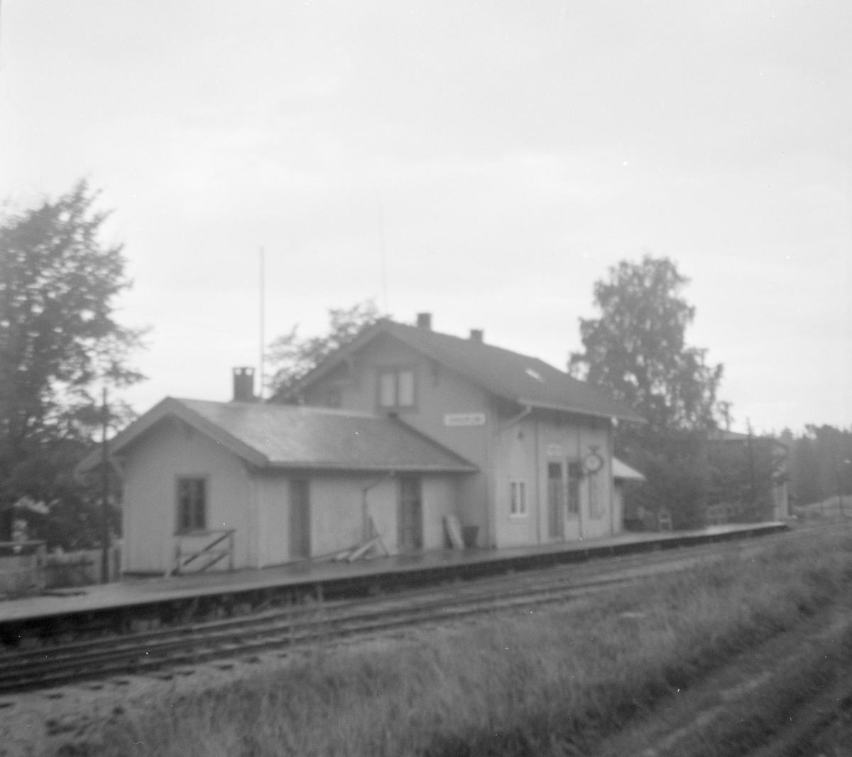 Snarum stasjon på Krøderbanen.