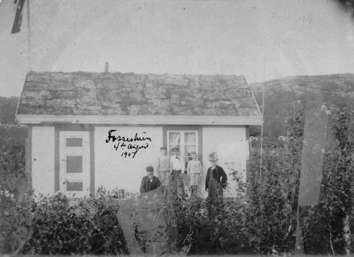 Fossestuen 4.august 1904.