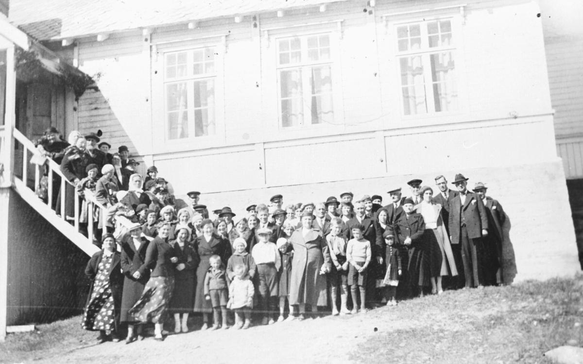 Kongsfjord. Innvielsesdagen for Kongsfjord Fiskarheim og kapell. 1.juli 1928.