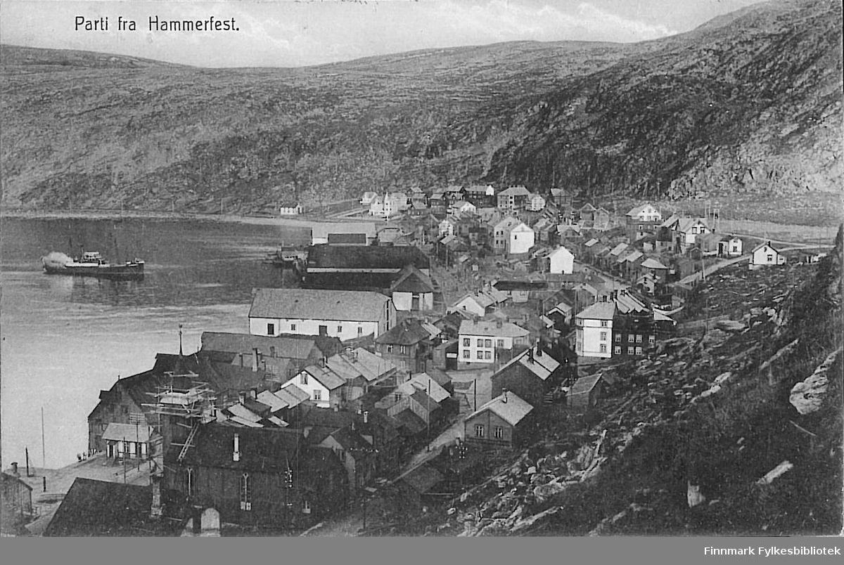 Postkort med motiv fra Hammerfest. Kortet er sendt til Arthur og Kirsten Buck på Hasvik og er sendt fra Hammerfest i januar 1913.