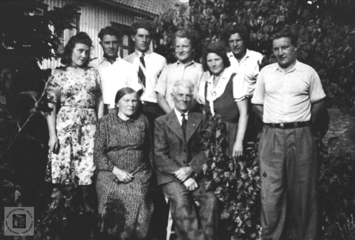 Familebilde. Helleren, Bosholt.