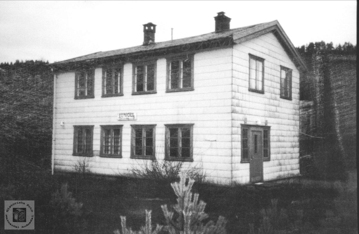 Hus. Leivoll stasjon, Sørlandsbanen.