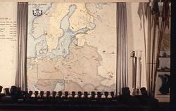 Fälttågskarta 1700-1721 samt handmörsare. Armémuseum.