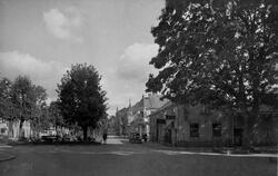 Yxhammarsgatan från Allégatan mot öster år 1931.