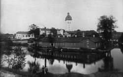 Linds Färgeri (f.d. Swarts-Berglunds) och Kronobränneriet vi