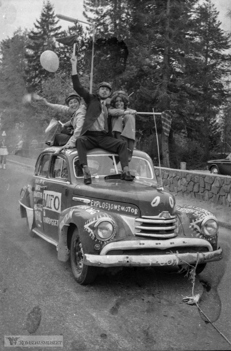 """""""17.mai 1970"""".Opel Kaptein 1950-53..Per Kåre Tveeikrem sin film ?."""