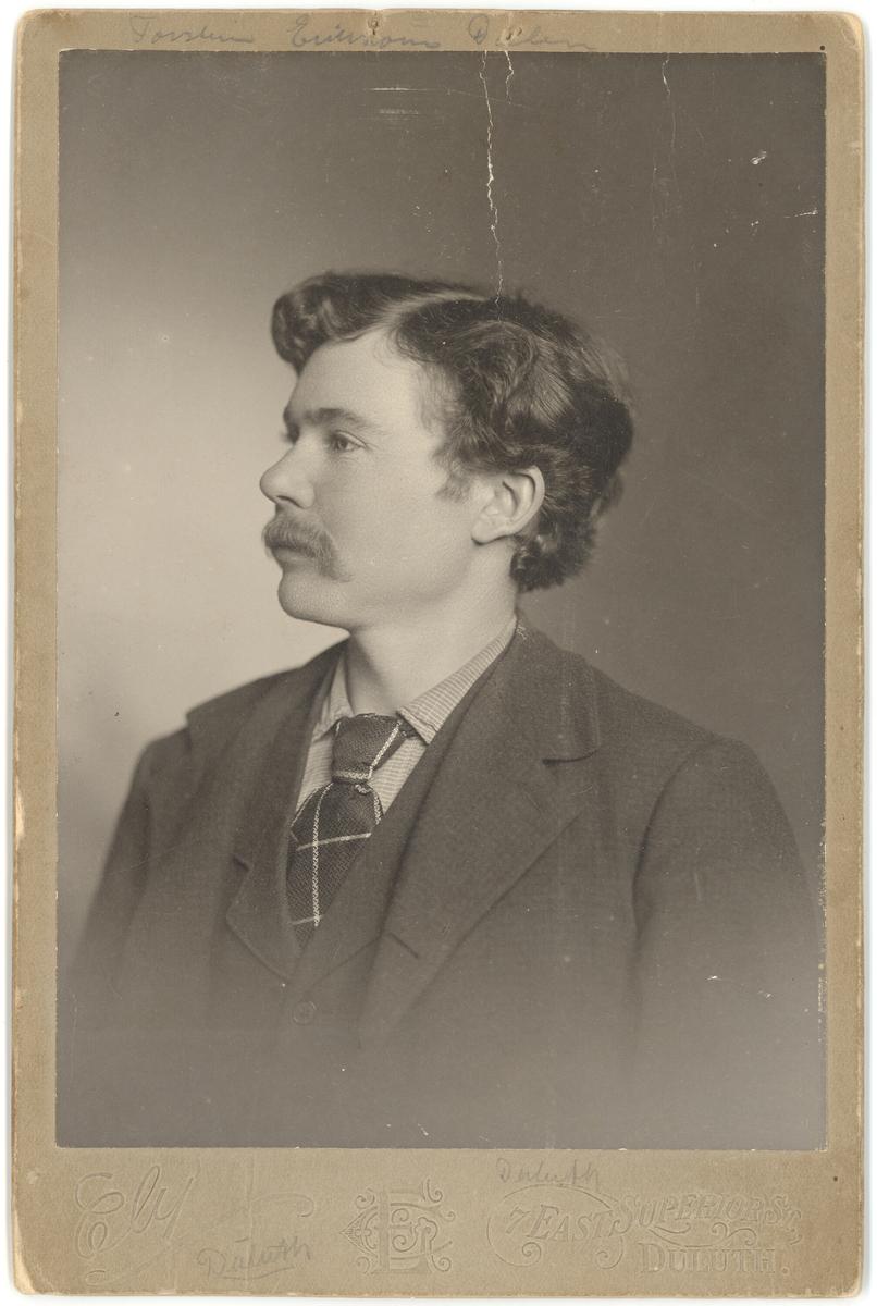 Portrett av Torstein Eriksson Dalen