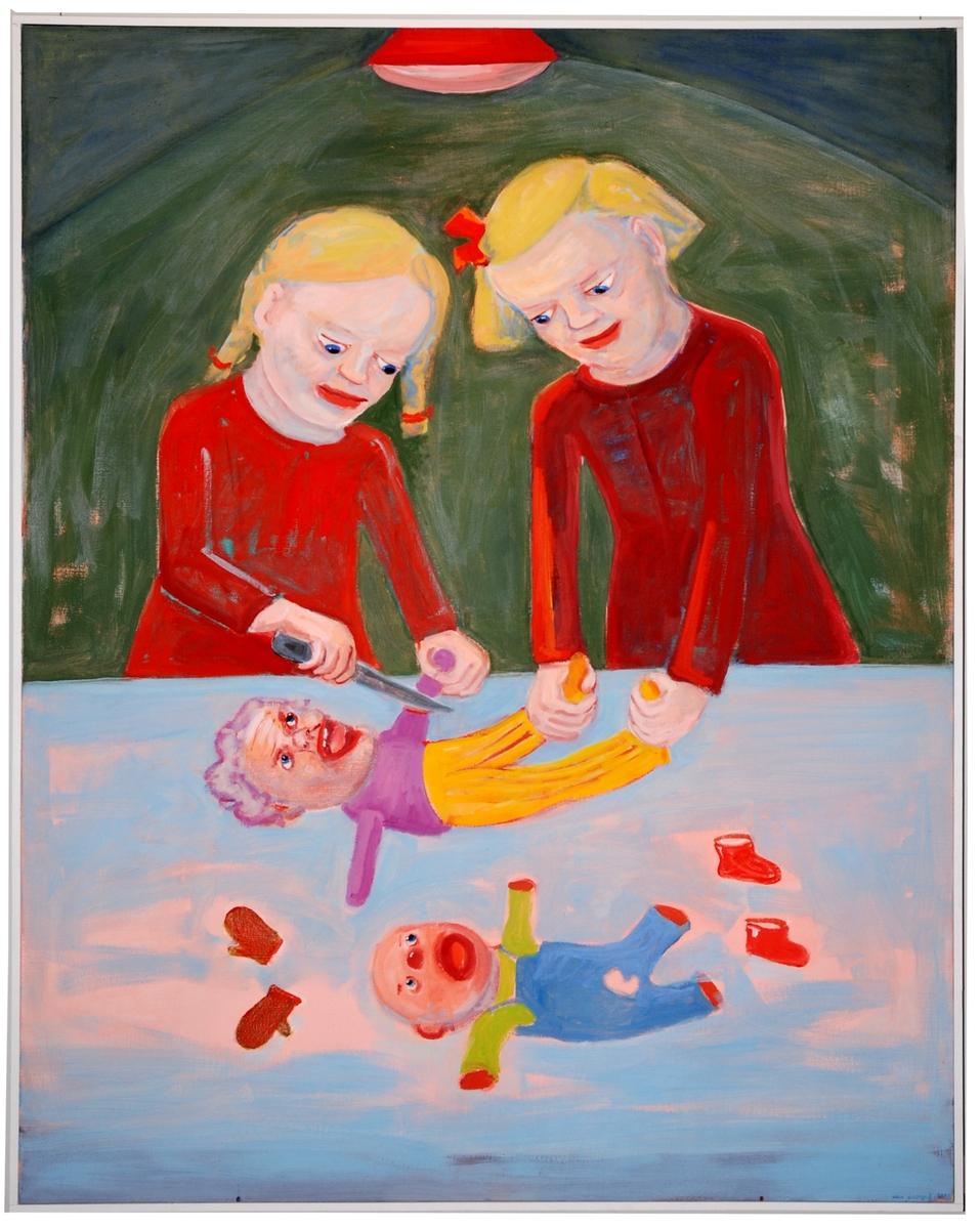 Oljemålning i stående format föreställande två flickor som med kniv amputerar dockor. Barn och förälrdrar.
