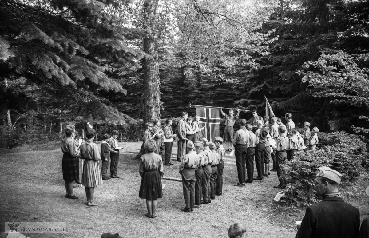 """""""mai 1965"""".""""Speidarar i Reknesparken"""""""