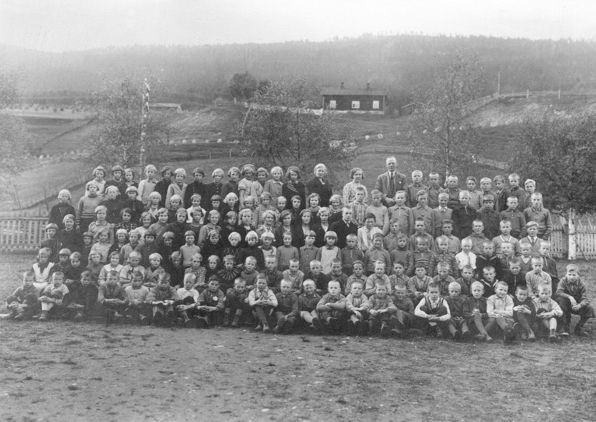 Berger skole ca. 1934. Å66-Å69
