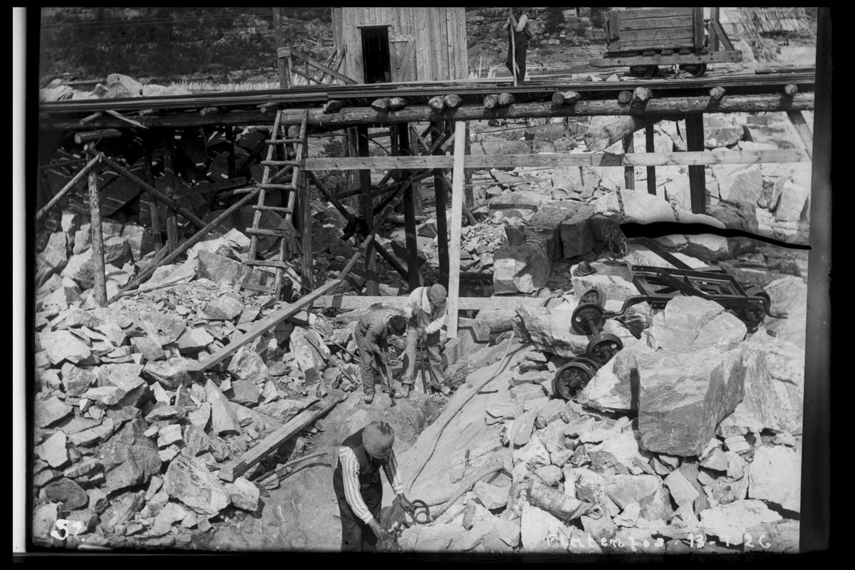 Arendal Fossekompani i begynnelsen av 1900-tallet CD merket 0468, Bilde: 13 Sted: Flaten Beskrivelse: Trallebane