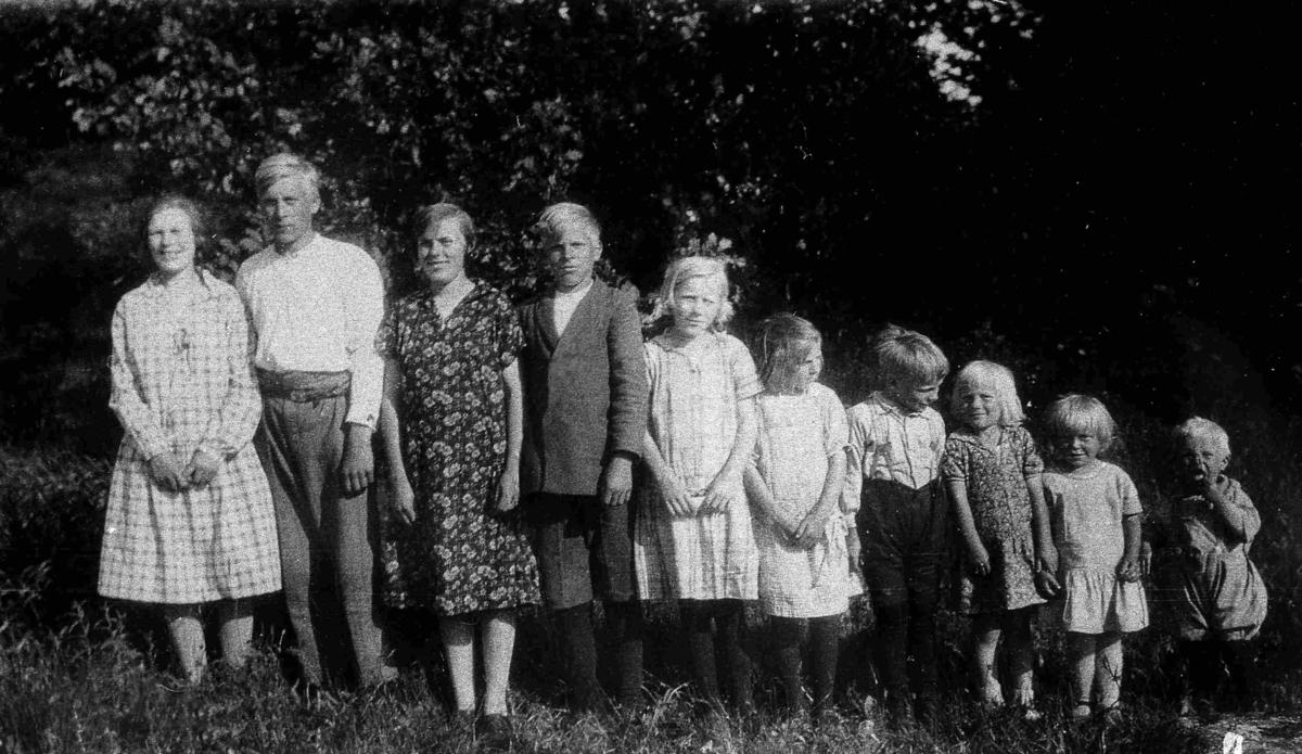 Bilder fra Birkenes kommune Barna til G. og R. Repstad ca 1928