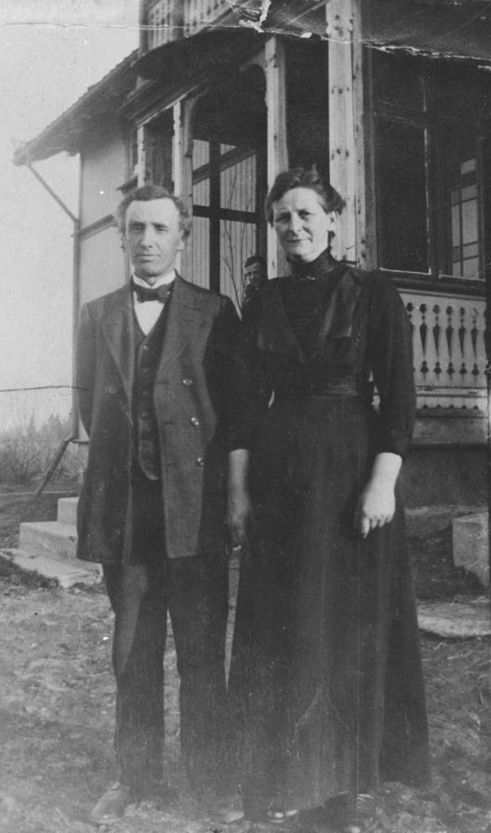 Petter og Josefine Schou.