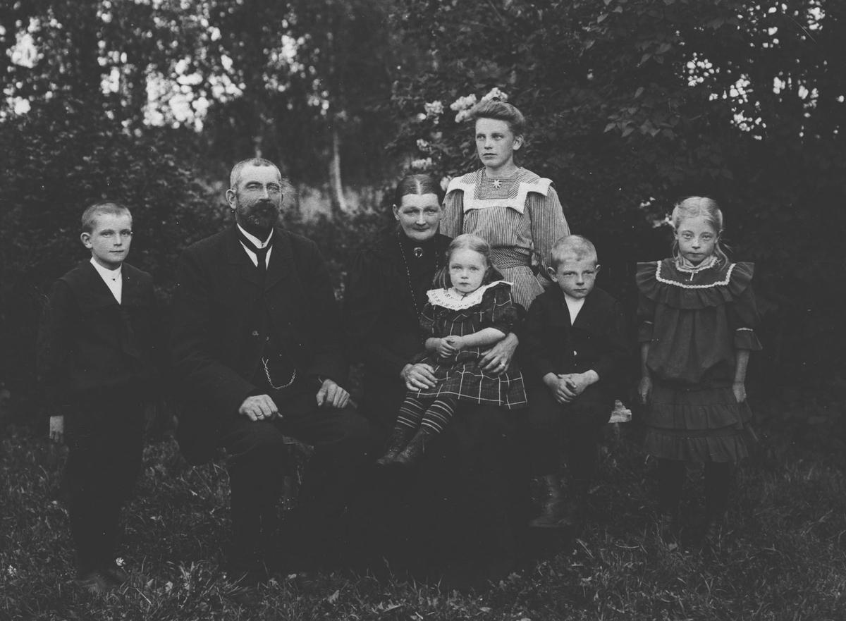 Gruppebilde, familie