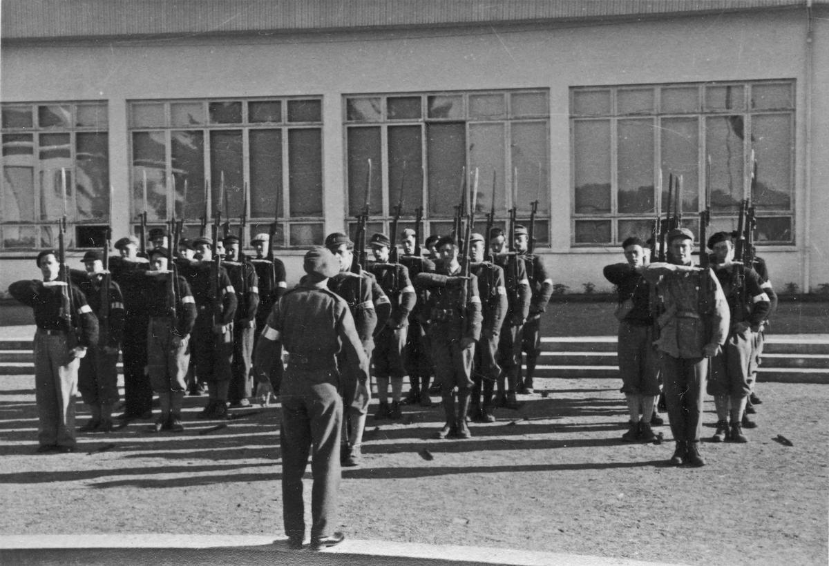 Hjemmestyrker – 1 tropp av 3 lag - ved Romerike Folkehøyskole.