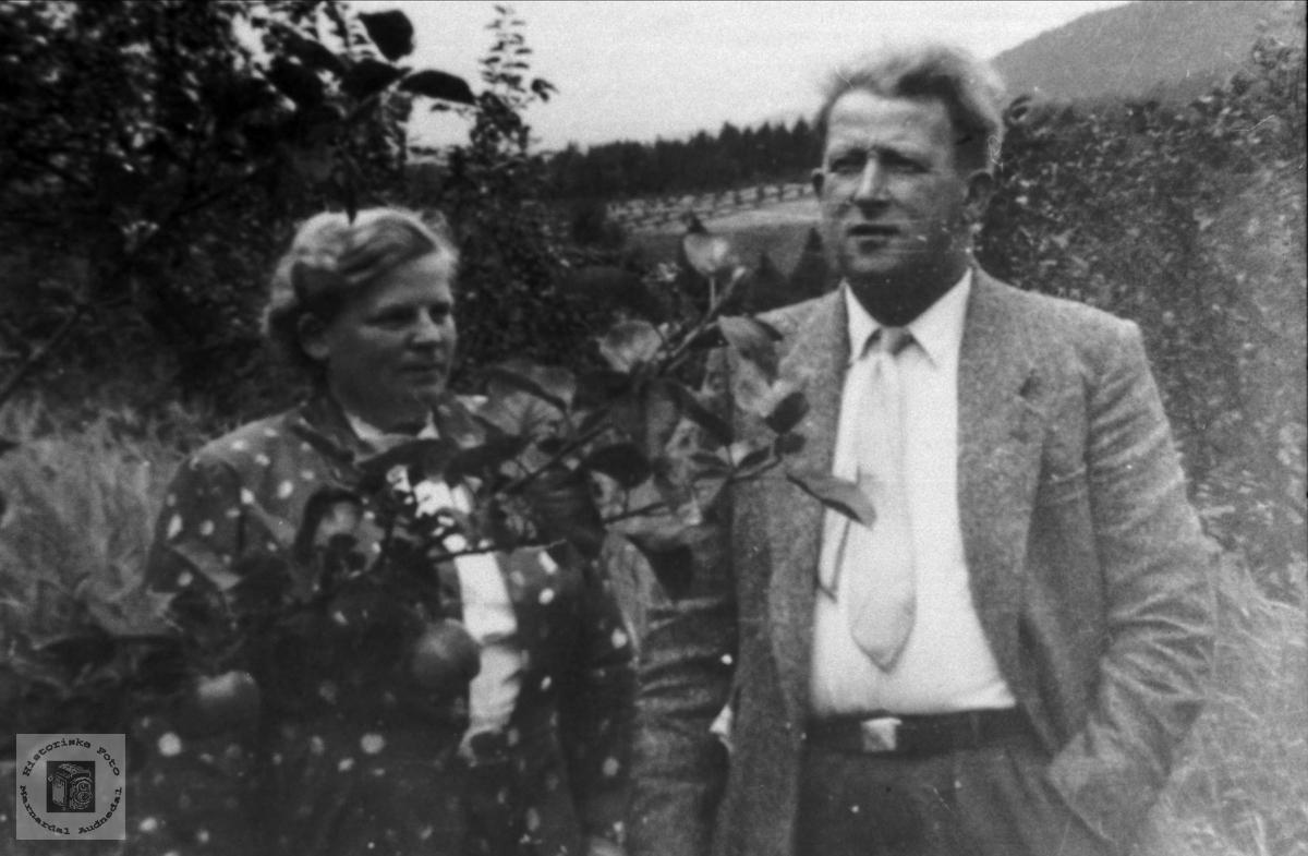 Portrett av Kristi og Alexander Skeibrok