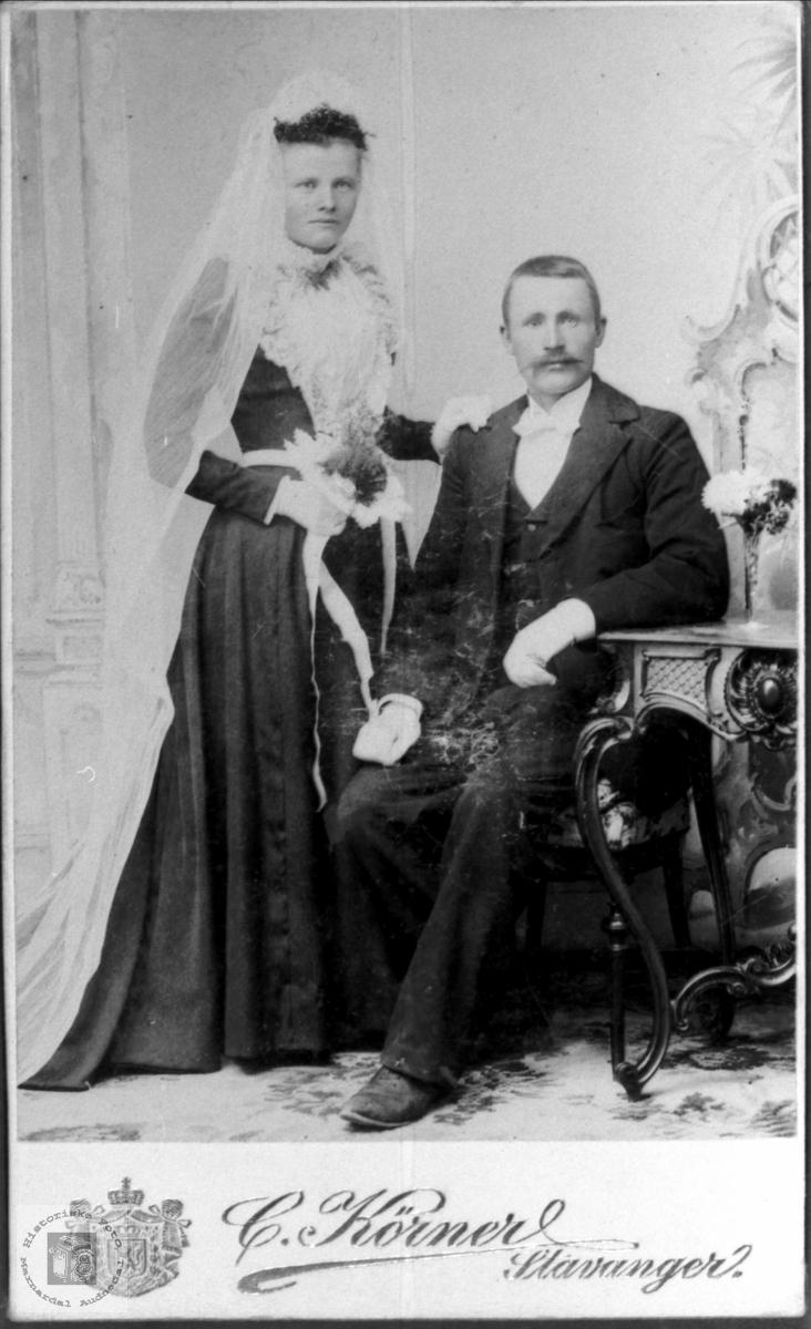 Brudeparet Susanna og Bertel Flåt. Bjelland.