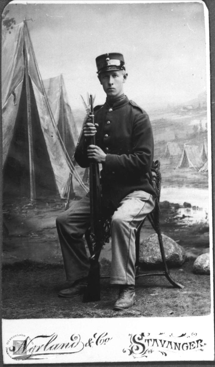Soldatportrett av Andreas Mønsås, Laudal.