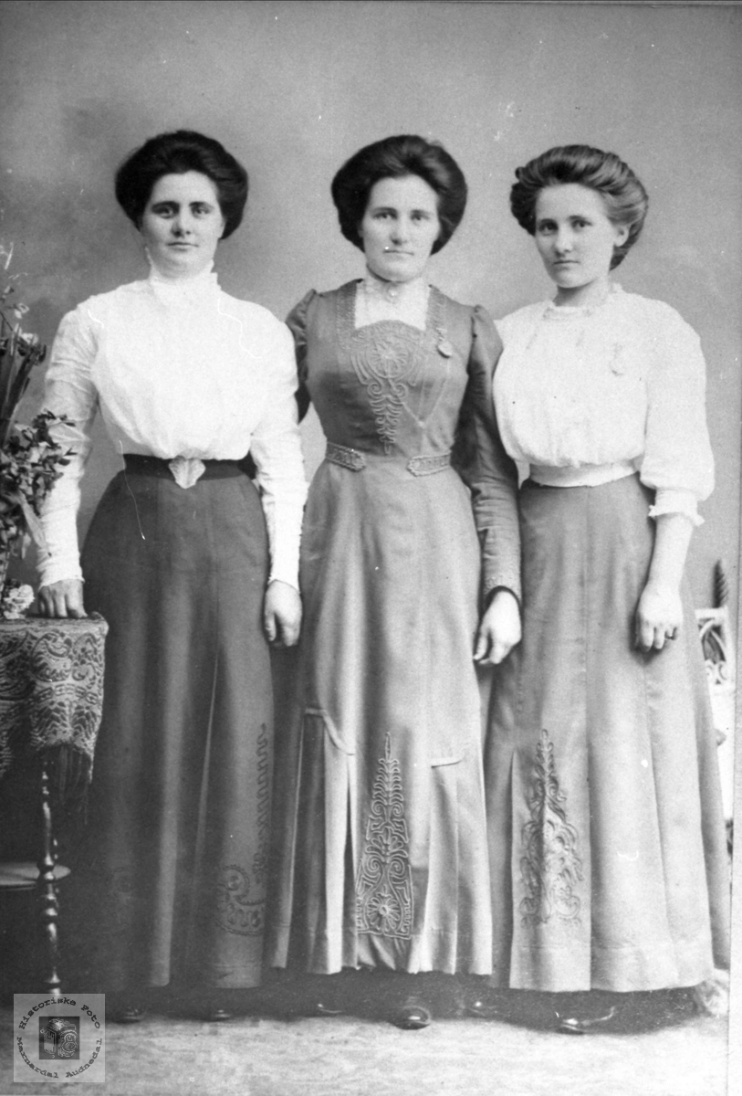 Søstrene Mjåland