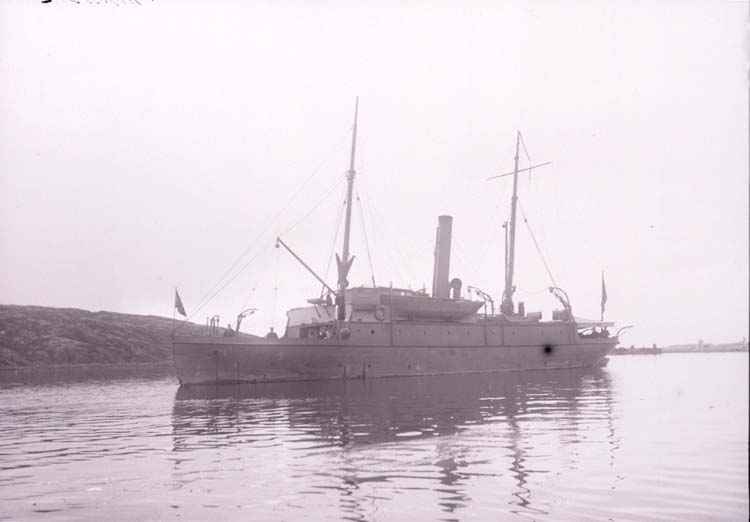 """Enligt text som medföljde bilden: """"Minfartyget """"Gunhild"""", Nya Varfet sept. 05""""."""