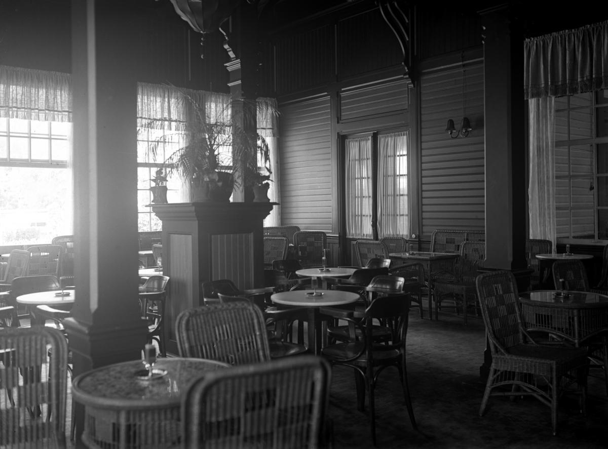 Interiör från Stadsträdgårdens café.