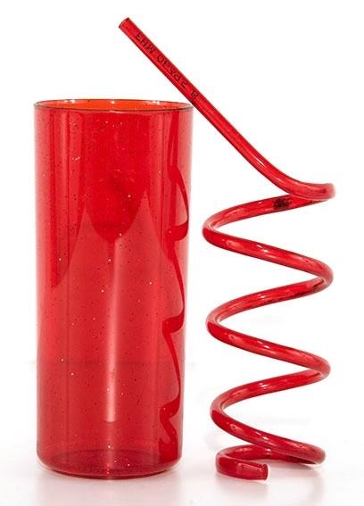 Plast drikkeglass med spiralformet sugerør.
