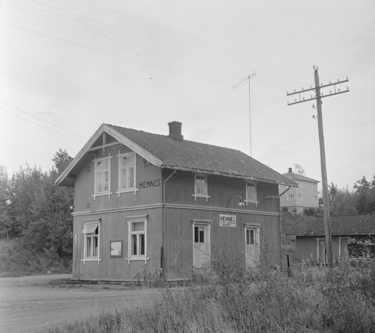 Stasjonsbygningen på Hemnes stasjon på den nedlagte Aurskog-Hølandsbanen.