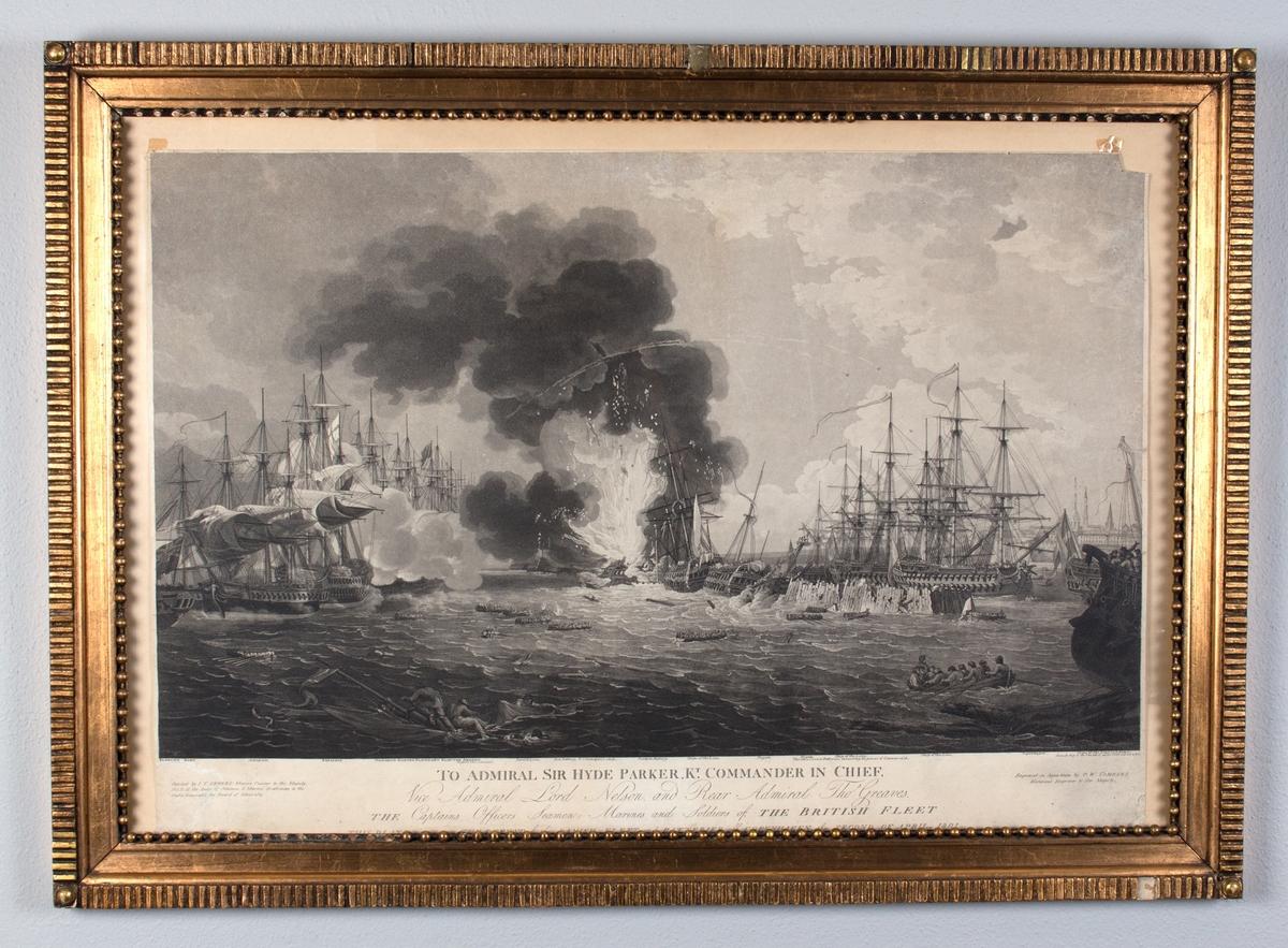 Motivet viser slagscene med trefninger mellom den britiske og den danske flåten utenfor København. Et dansk skip midt i motivet står i full brann. Flåte med skipbrudne i forgrunnen av motivet.