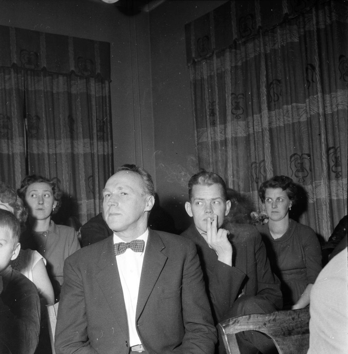 Flugans - höst, Möte i Bollnäs, 9 November 1958