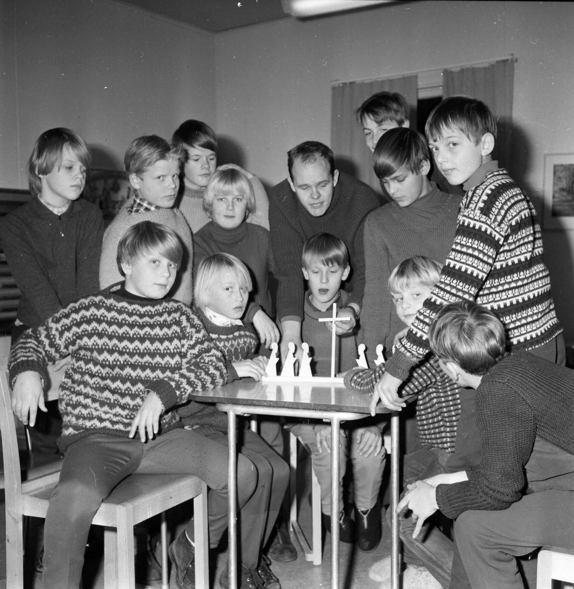 Paavola Risto ungdomskonsulent i Bollnäs församling. 9/12-1965