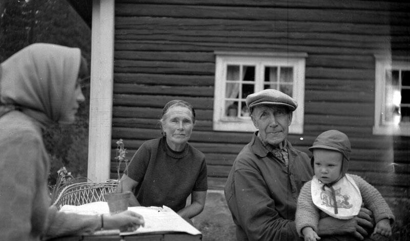 Fr v: Kyllikki Bograng, Alette Olsen, Olaf Olsen, Mats Bograng.