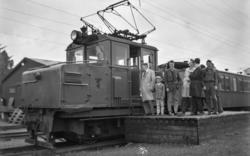 Thamshavnbanens lokomotiv nr. 6 på Fannrem stasjon.