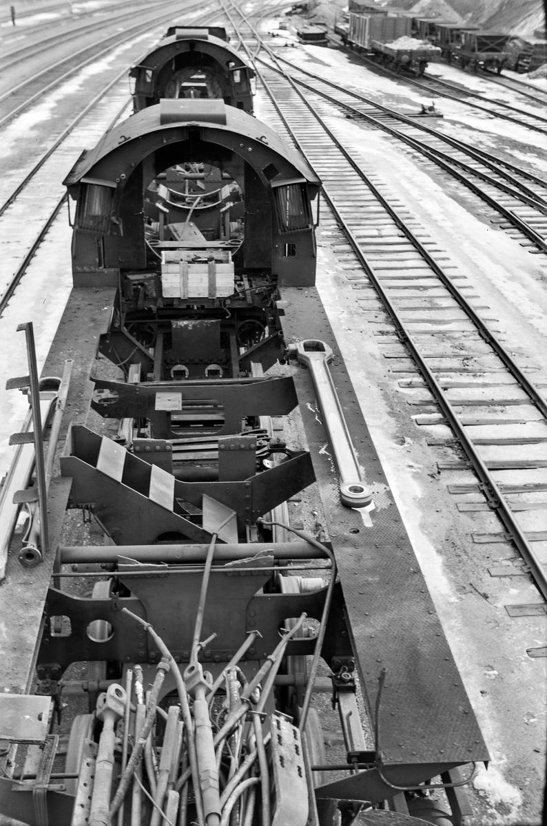 Damplokomotiv type 63a nr. 4830 under opphugging på Marienborg.