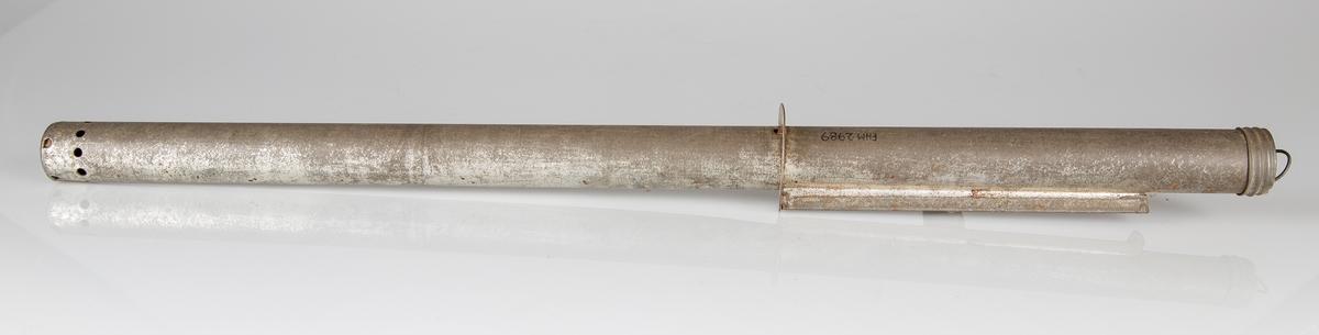 Hermetiseringstermometer. Metallrør med glassvindu og kvikksølvsøyle med temperaturskala. Brukt til å sjekke temperaturen i hermetiseringsglass.
