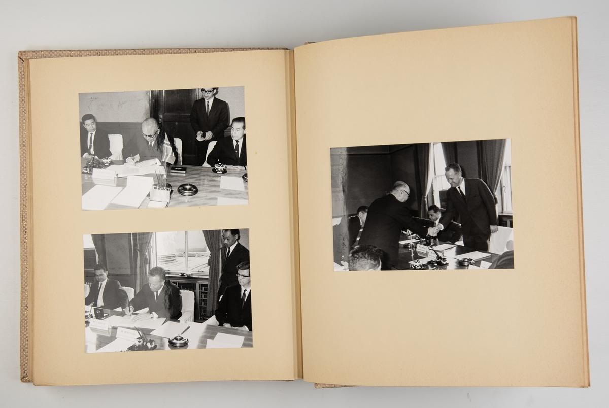 Album med fotografier fra byggingen og leveringen av motorskipet Tonga 1967-1968 ved Mitsubishi Heavy Industries i Yokohama