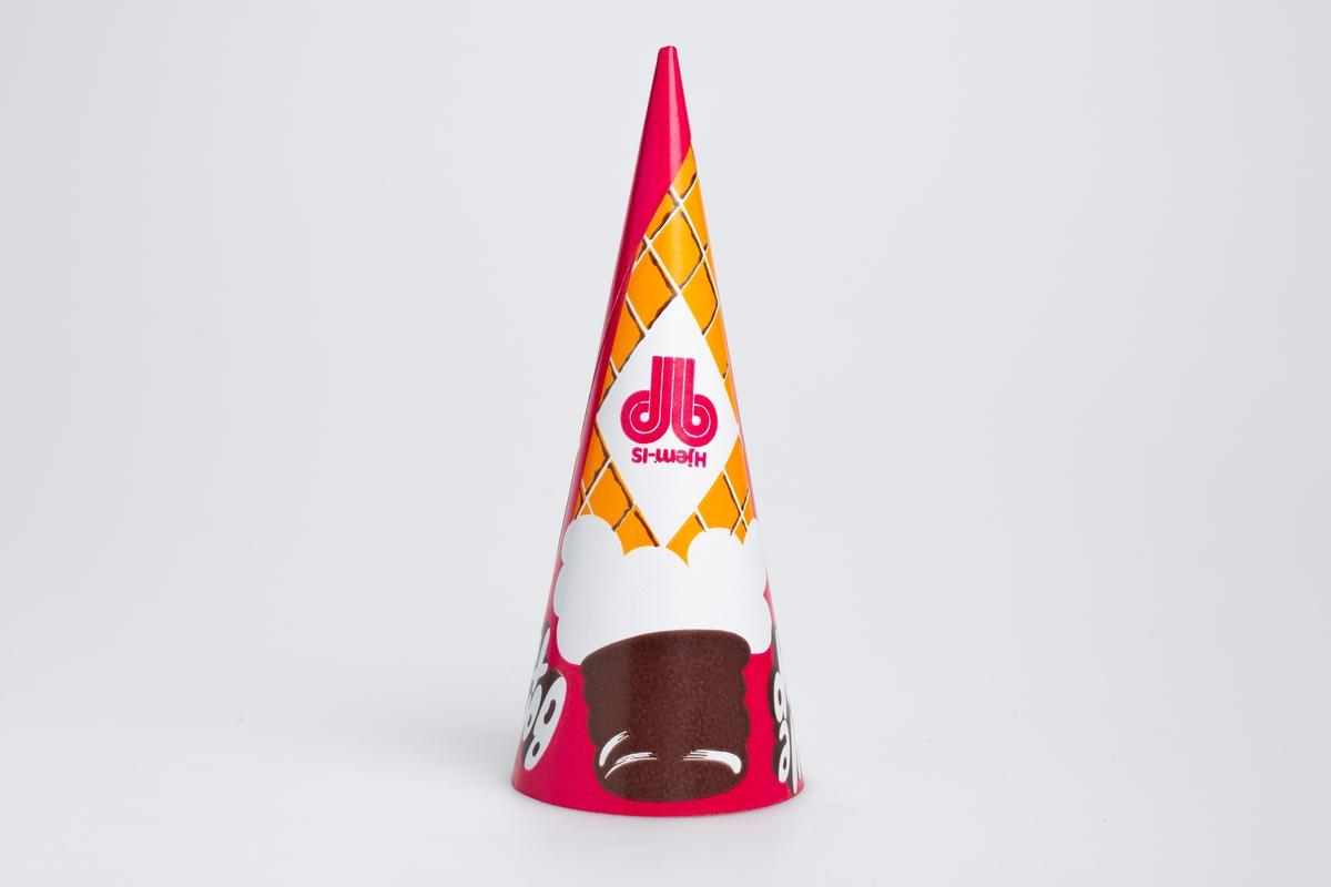 Tegning av en stor is med orangefarget kjeks og sjokolade på toppen. Dette motivet er tegnet på en rosa bakgrunn.