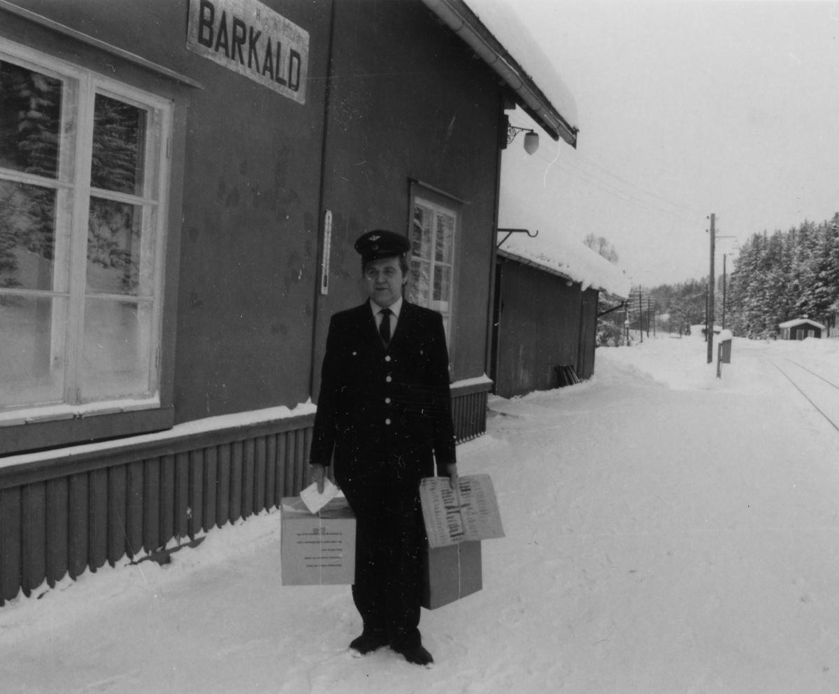 Stasjonsbetjent Kåre Kjelsrud