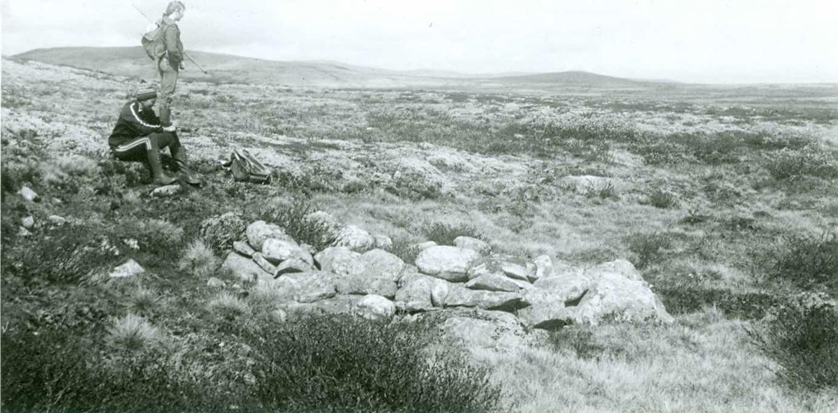 Steinsetting i nærheten av Telsjøen
