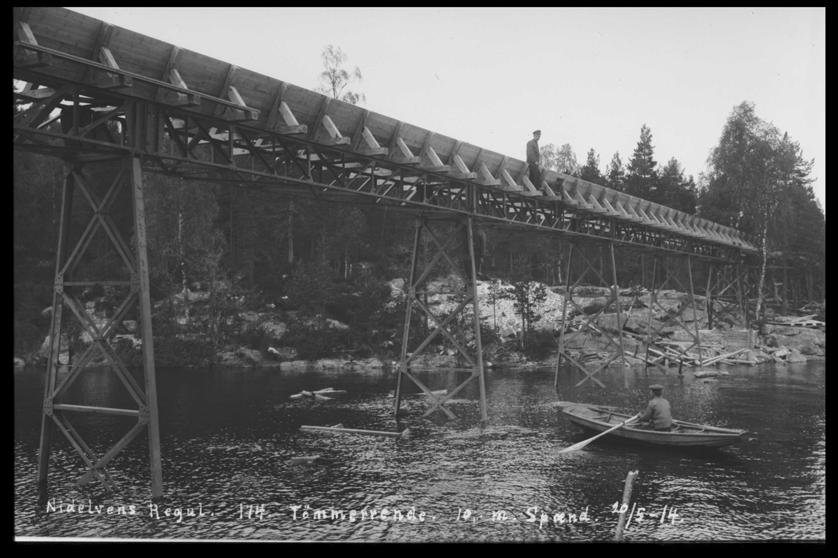Arendal Fossekompani i begynnelsen av 1900-tallet CD merket 0474, Bilde: 26 Sted: Flaten Beskrivelse: Tømmerrenne