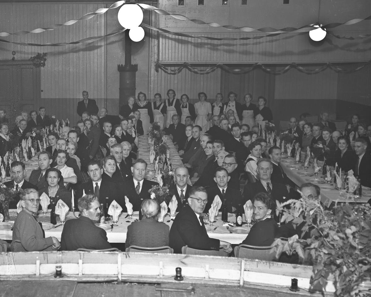 Forsamling i Søndre Samfunn.