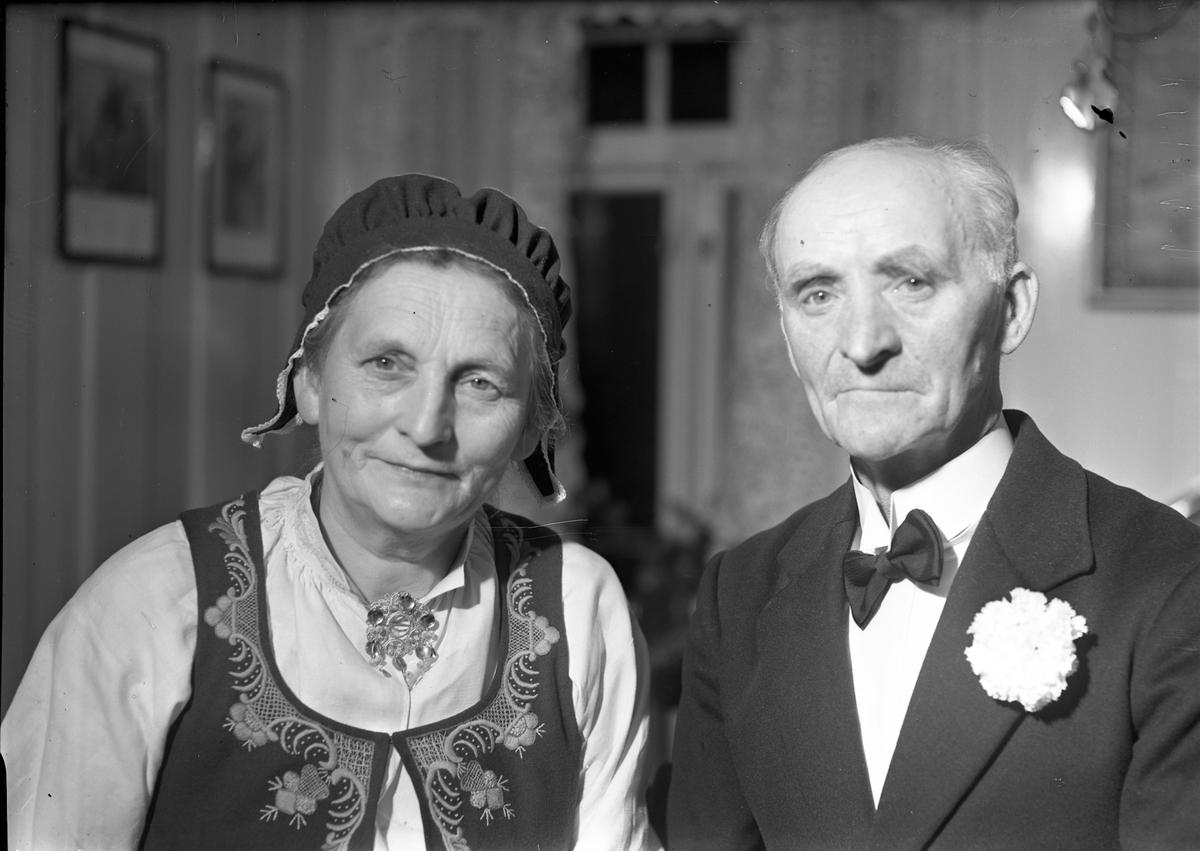 Hr. og fru Aulie, Haga.